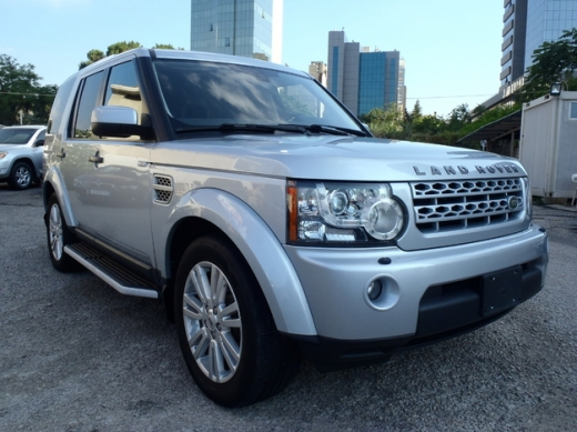 Land Rover in Sin El Fil - LAND ROVER LR4 HSE , 2011 , 7 seats, fully loaded,SUPER clean car