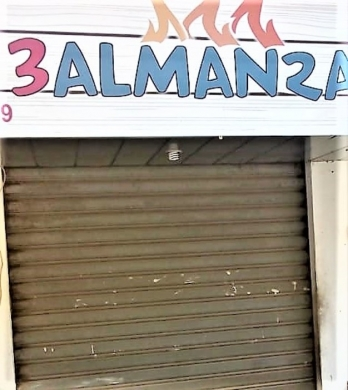 Shop in Hadeth - محل للأيجار الحدث الانطوانيه طريق بعبدا الشارع العام