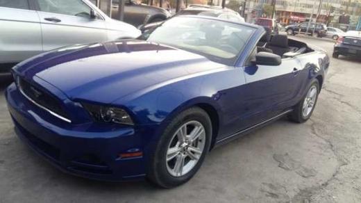 Ford in Sad el-Baouchrieh - Ford Mustang convertible model 2013 40000 Miles ONLY