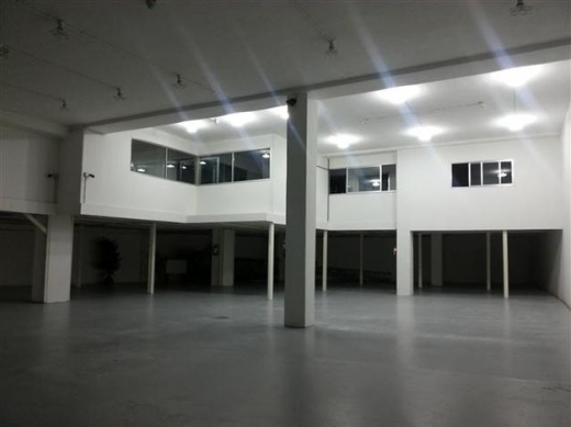 Warehouse in Dbayeh - Industrial Grade 1 Warehouse For Rent In Dbayeh With High Ceiling