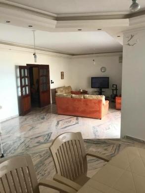 Apartment in Khalde - شقة للإيجار بخلدة