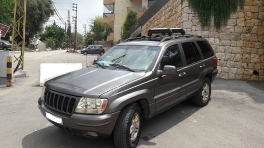 Jeep in Ballouneh - Jeep Grand Cherokee