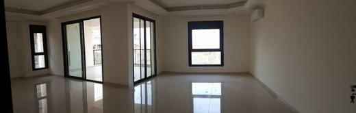 Apartment in Hazmieh - Spacious Apartment For Rent in Hazmieh