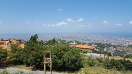 Villa in Ain Saadeh - Villa Available For Sale In a High End Location Of Ain Saade