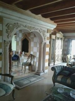Apartment in Aley - Aley Duplex for sale 3rd floor with roof sculpture decor engraved on stone