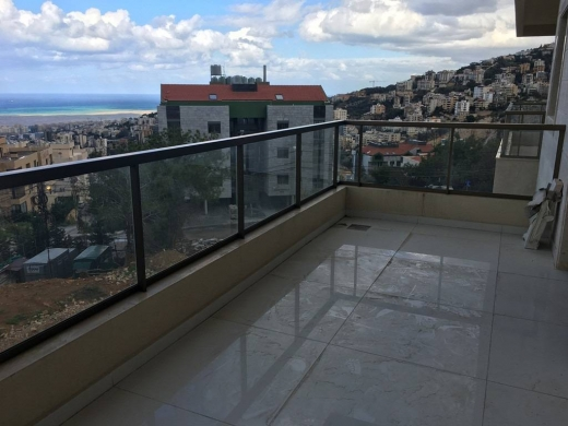Apartment in Bsalim - Apartment for sale in Bsalim