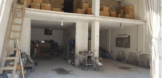 Parking, Storage & Garage in Al Madina as Sinaiya - Garage in Zahle for Rent كاراج في زحله للأجار $400