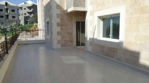 Apartment in Amchit - Nice 2-bedroom Apartment For Sale in Amchit With Terrace & Partial View
