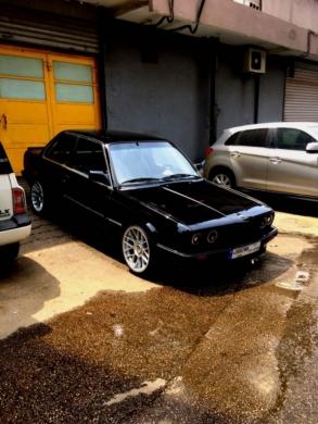 BMW in Jdeideh - bmwe30/black for sale