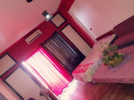 Show Room in Jounieh - room or studio for rent