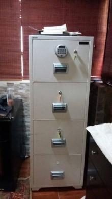 Storage in Hamra - Safety Box - Topaz