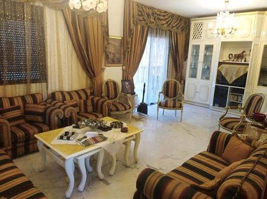 Apartment in Sanayeh - شقة للبيع قرب شارع الحمرا