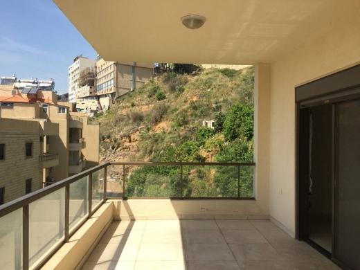 Rooms in Mansourieh - FOYER for women - غرف للأيجار للبنات