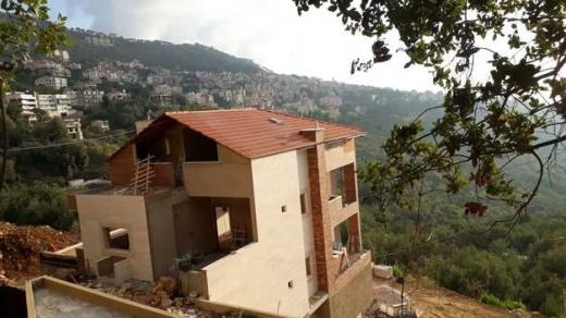 Apartment in Baabda - للبيع بسعر مغري بناية فخمة مودرن وحديثة جاهزة للسكن