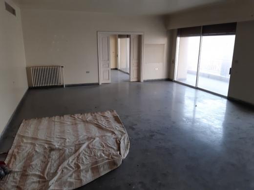 Apartment in Ras-Beyrouth - شقة دوبلكس ط6 و7 للإيجار 450م2 للإيجار بدون وسيط