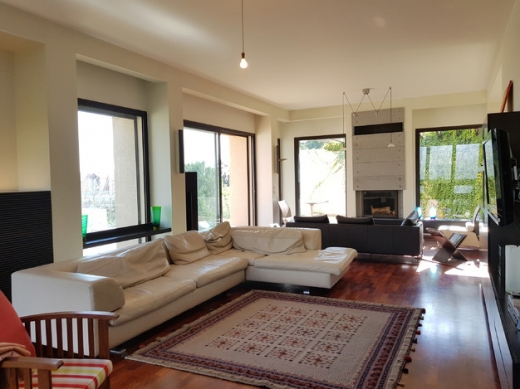 Villa in Baabdat - Furnished Villa for Rent in Baabdat-Chalimar