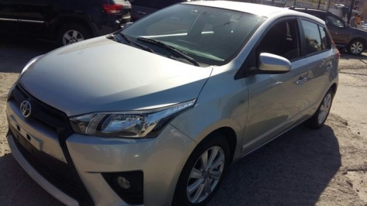 Toyota in Sad el-Baouchrieh - Toyota Yaris, model 2016, 27000 Kilometers (ONLY!!)