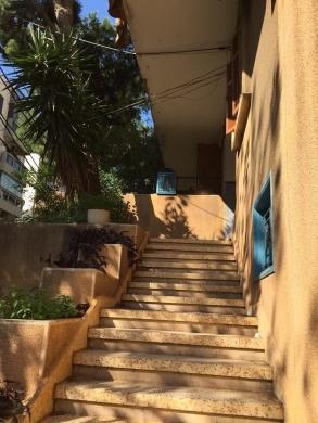 Apartment in Antelias - شقة لقطة للبيع في منطقة المتن
