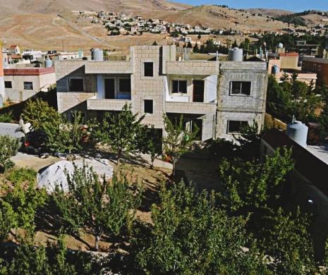 Apartment in Baalback - بيت صيفي غرفة + مطبخ 60م