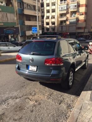 Volkswagen in Mar Elias - volkwagon touareg suv