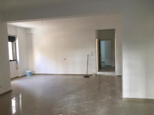 Apartment in Dam Wel Farez - شقة أو مكتب قريبة جدا من العدلية للايجار