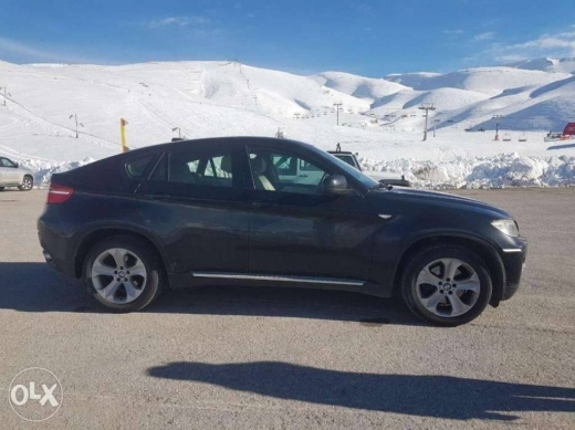 BMW in Rabieh - Bmw x6 balck - super clean - full option - one owner