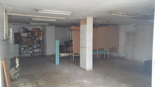 Warehouse in Hazmieh - للبيع مستودع في الحازمية - غاردينيا