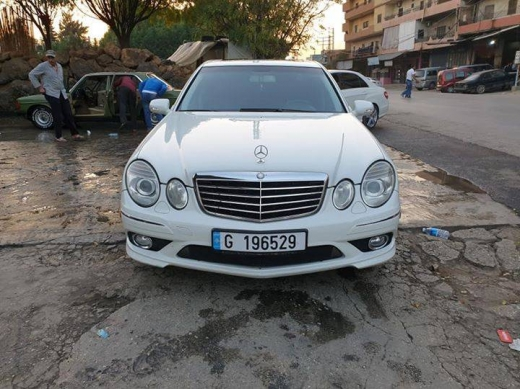 Mercedes-Benz in Tripoli -  Mercedes-Benz e350 model 2009