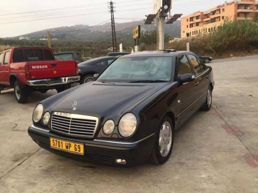 Mercedes-Benz in Al Bahsas - Mercedes em 3youn model 1996
