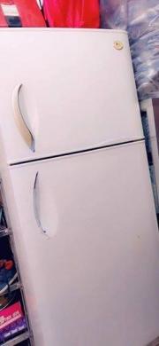 Fridge Freezers in Al Bahsas - براد للببع حجم كبير