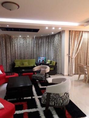 Apartment in Dbayeh - شقة للبيع بالضبيه مرتبة جدا مع ديكورات
