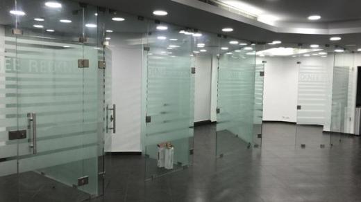 Office Space in Hazmieh - عرض خاص! مكاتب للايجار في الحازمية