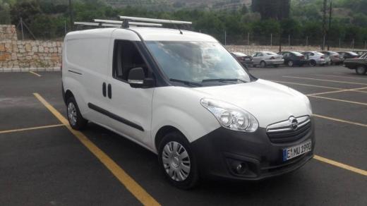 Vans, Trucks & Plant in Ksaybeh - Opel combo