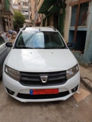 Renault in Antilias - سيارة ونمرة عمومي.للايجار