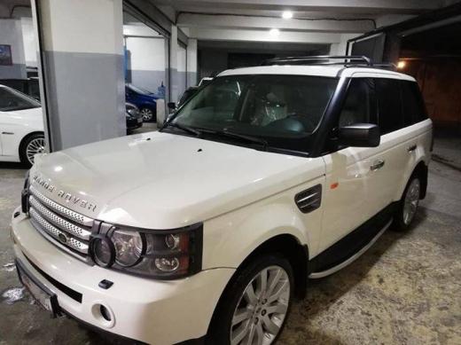 Land Rover in Nakhleh - range rover sport