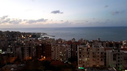 Apartments in Jounieh - 779)غدير طابق اول 110م غرفتا نوم واحدة ماستر منظر بحر لا يحجب موقفان