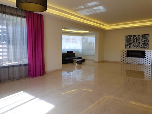 Apartments in Horsh Tabet - Apartment for Sale in Horsh Tabet