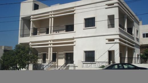 Office Space in Damour - مبنى مؤلف من 3 طوابق، على مساحة 1000 م2. صالح للسكن أو للشركات