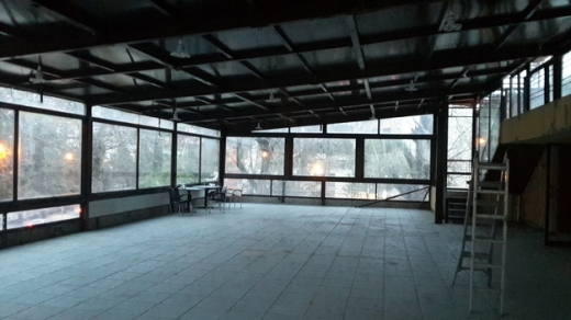 Office Space in Zahleh - Showroom for rent in zahle prime location .