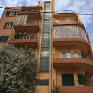 Apartment in Achrafieh - VINTAGE APARTMENT FOR RENT ACHRAFIEH SIDE 119 sqm