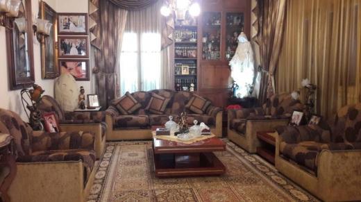Apartment in Ballouneh - Apartment for sale in Ballouneh