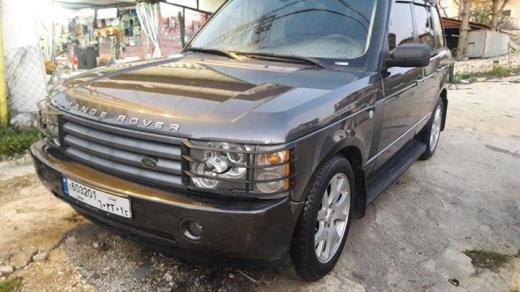 Land Rover in Tripoli - Range rover 2005