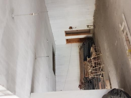 Shop in Sanayeh - محل للبيع في الصنائع شارع سبيرز بناء جديد ٣٢٥ م٢
