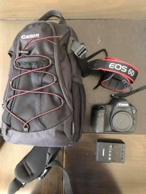 Digital Cameras in Adonis - Canon 6D with lens 24-105 mm for Sale