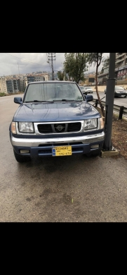 Nissan in Jounieh - 2000 nissan frontier pick up 4x4 auto 6 cyl extra cab