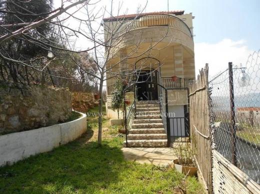 Villas in Bkah Sefrine - فيلا للبيع في بقاعصفرين الضنية مطل رائع