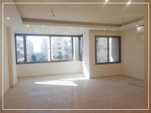 Apartments in Dam Wel Farez - شقة فخمة للبيع في منطقة الضم و الفرز خلف عبد طحان بسعر مغري قرب كلية الصحة