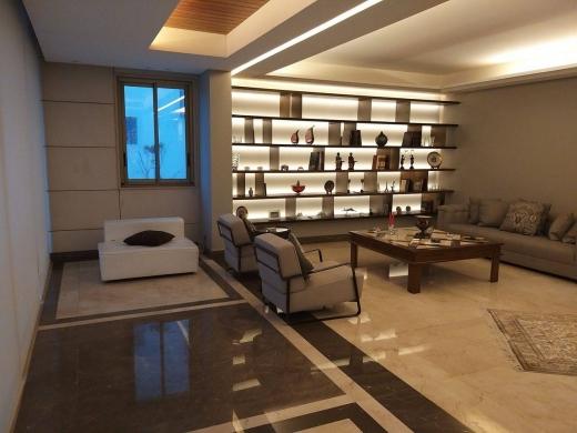 Apartments in Ain Tini - شقه للأيجار في بيروت عين التينة