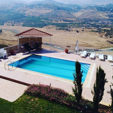 Apartments in Ain Tini - Chalet saghbin with private pool