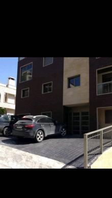 Apartments in Ballouneh - شقة فخمة للبيع